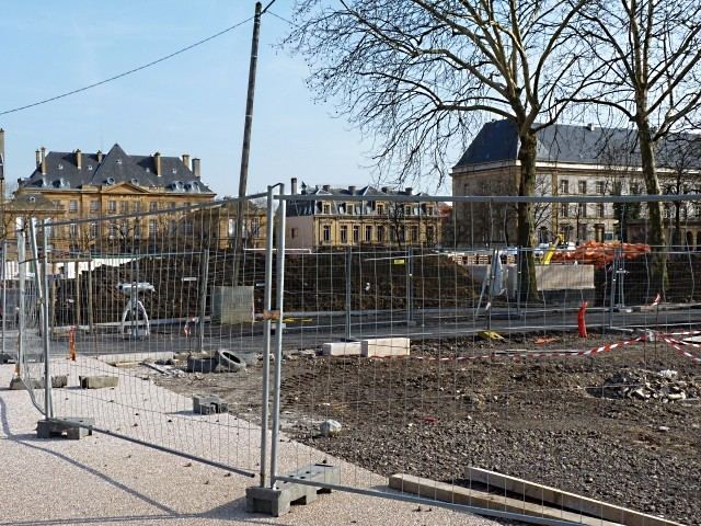 Gag Chantier place République Metz 17 15 03 10