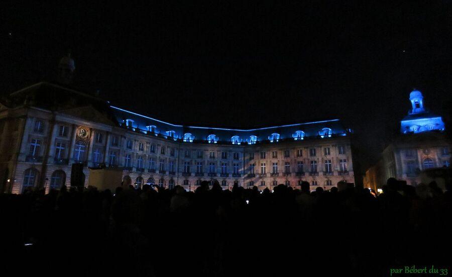 le soir de la fête du vin à Bordeaux