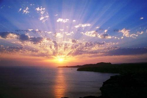 Torah class suite etude de gen se b r shiyth partie 1 blog de jean yves hamon - Quelle heure le soleil se couche ...