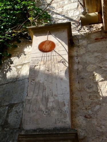 Cadran solaire à Monflanquin
