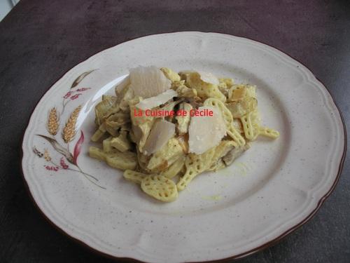 Salade de pâtes au poulet et curry