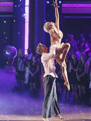 dance ballet dance with the star kelly pickler derek hough's freestyle dancing