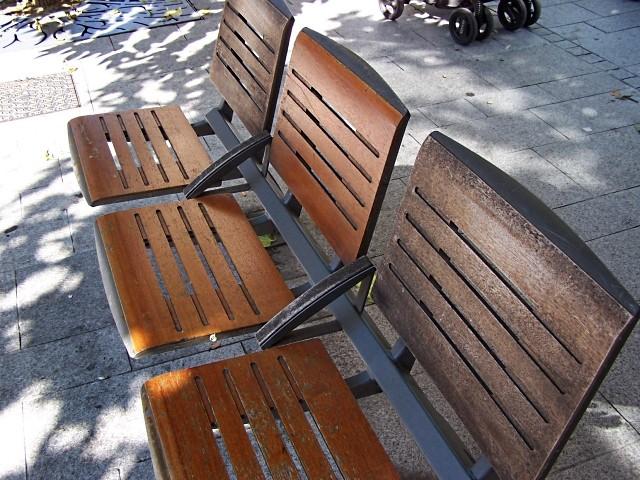 Sièges et chaises 7 - 4 Marc de Metz 23 07 2011