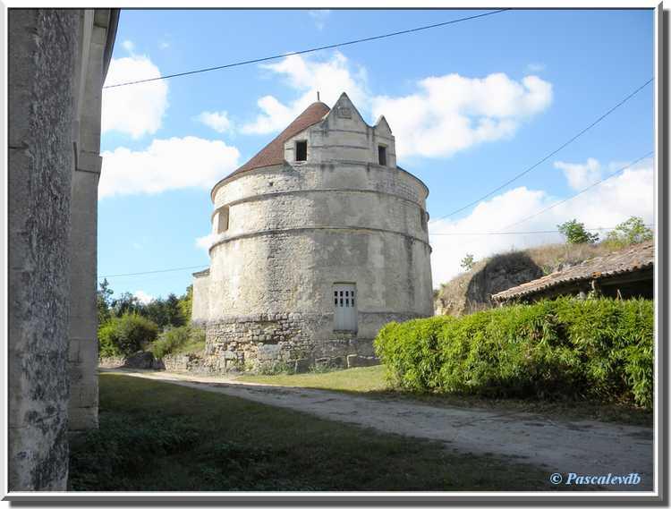 Château du Bouilh - la fuie