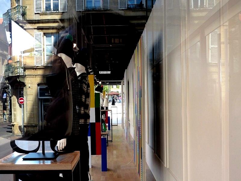 Metz / Lumix FZ200 face aux reflets / 23...