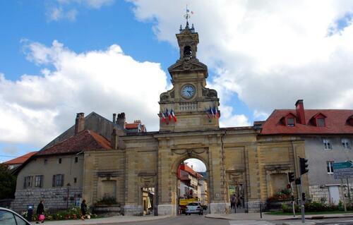 La porte St Pierre