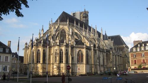 La cathédrale St-Cyr Ste-Julitte