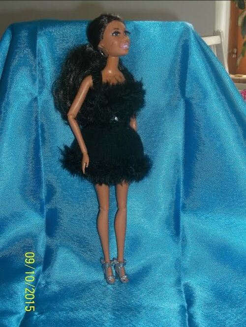 Défilé de vos créations/stylistes 2015 : La petite robe noire ( 9)