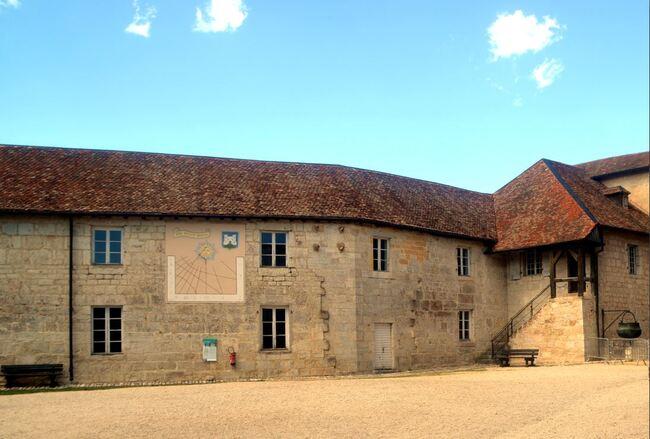Vacances jurassiennes avec Arlette : visite du château de Joux
