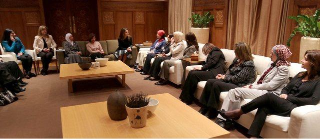 Rania et les universitaires