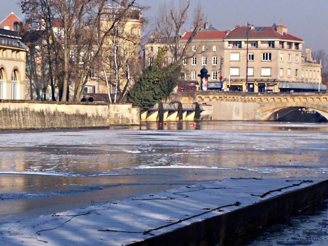 Moselle gelée 5 06 01 2010