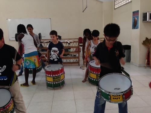 Le jeudi 13 mars: La Batucada malgache à l'école - Les Photos