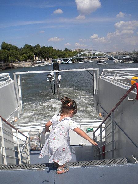 Août 2010 mes petits enfants à Paris 211