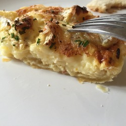 Tarte Normande au camembert