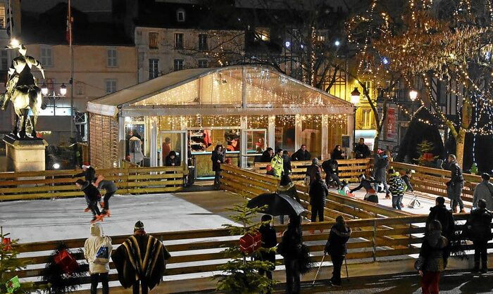 Rochefort-en-Terre - L'équivalent Français Du Village Du Père Noël -  Par Aurélie Tiercin - Du Magazine Détours En France -
