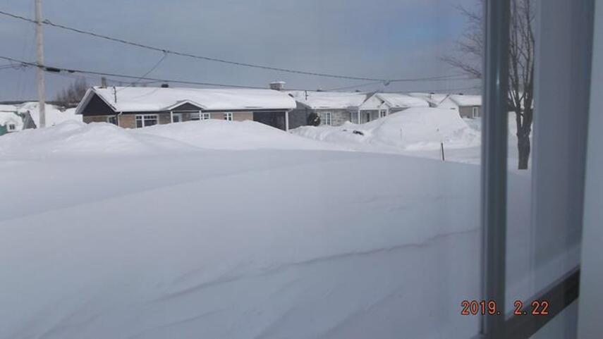 De la neige au Québec encore et encore...