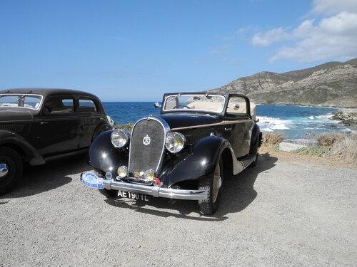 Rallye touristique des voitures anciennes