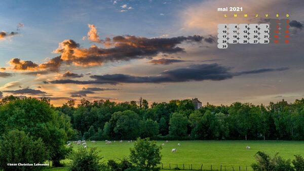 Calendrier du mois de mai par Christian Labeaune....