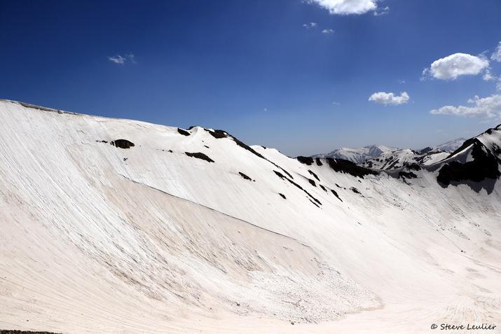 En route vers le camp de base du Mont Alam 3750m