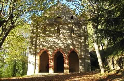 Celles : la chapelle du Pla-Rouzaud