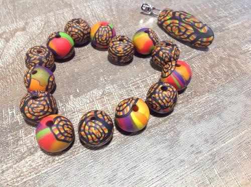 Perles colorées .