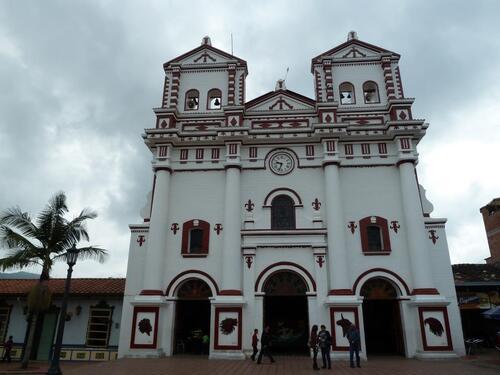 Les Eglises et Cathédrales du Pays