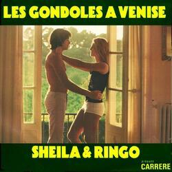 LES GONDOLES A VENISE