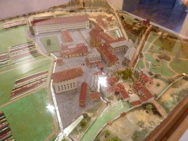 La vallée de la Bièvre et le Musée de Jouy-en Josas avec G13