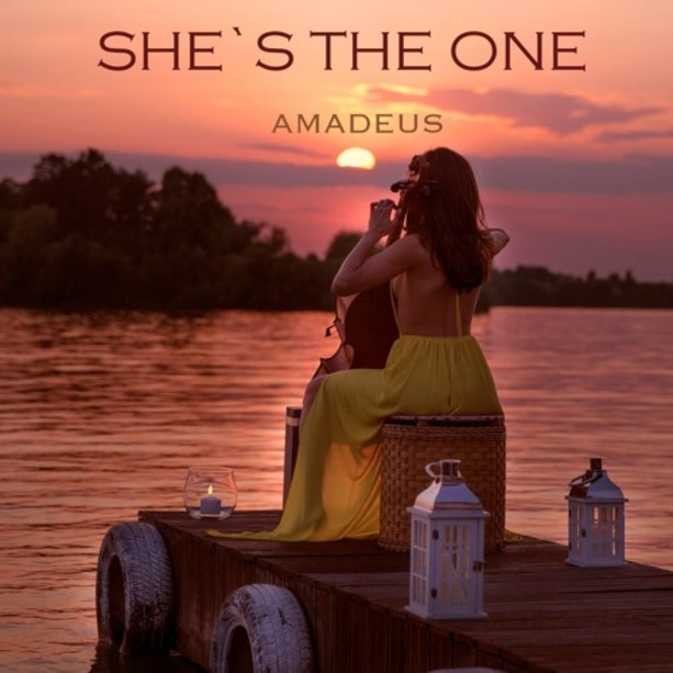 AMADEUS ELECTRIC QUARTET - She's the One.  Classique
