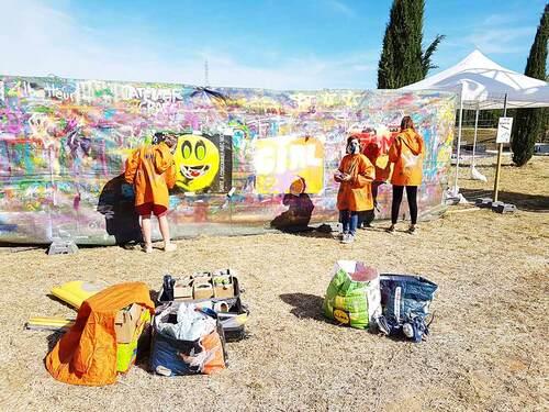 """""""sport en fete"""" à Lunel (34) en juin 2017. Découverte pour 16 jeunes au graff lors de ce festival famillial. Merci aux municipalités de Saturargues et Lunel de soutenir l'art et la creation"""