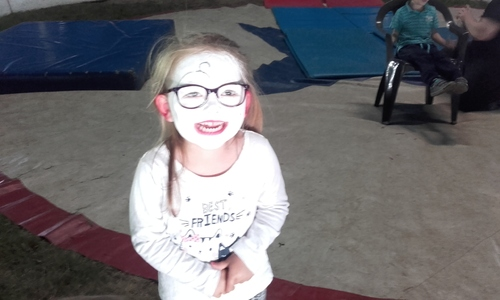 Ateliers cirque chez les plus jeunes....