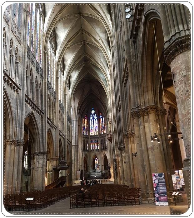 Arrivée à Metz (2)