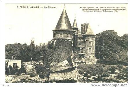 chateau_et_la_croix