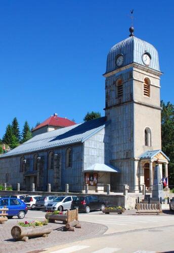 L'église de la Pesse