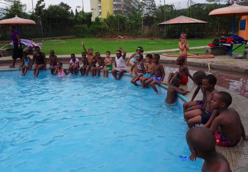 Les petits sportifs à la piscine