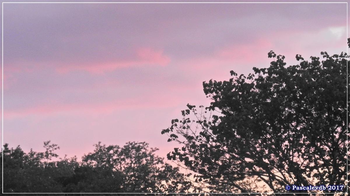 Douceurs flamboyantes d'un coucher de soleil d'Avril 2017