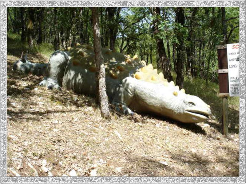 46200 lacave  préhisto-dino parc de Sarlat