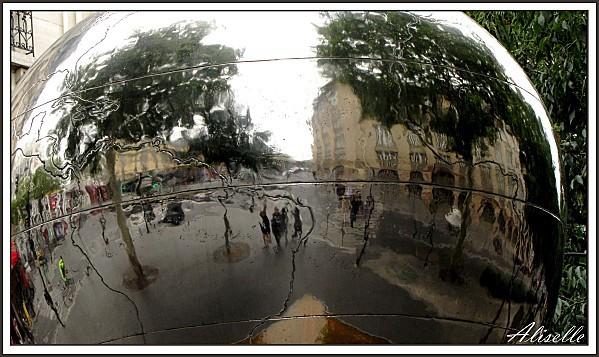 Pomme Bd de Clichy 3