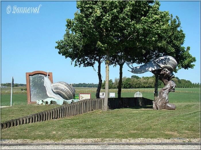 Rond-point Les Cagouilles charentaises J.L.Plé Lorignac Charente-Maritime