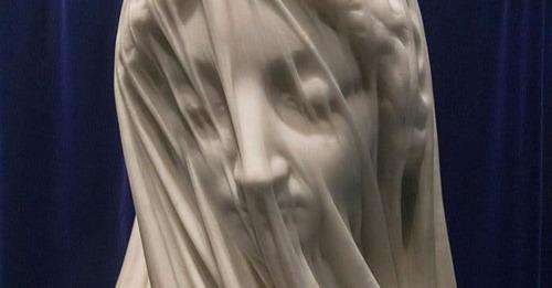 Un voile de marbre