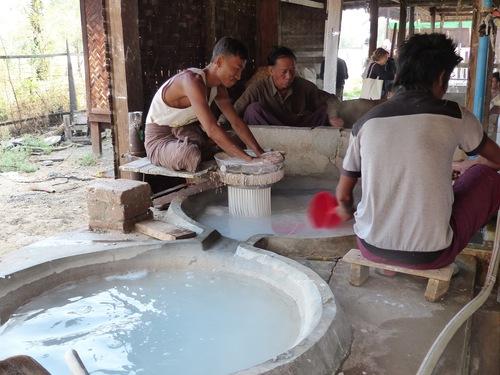 """la fabrication des nouilles """"chinoises"""""""