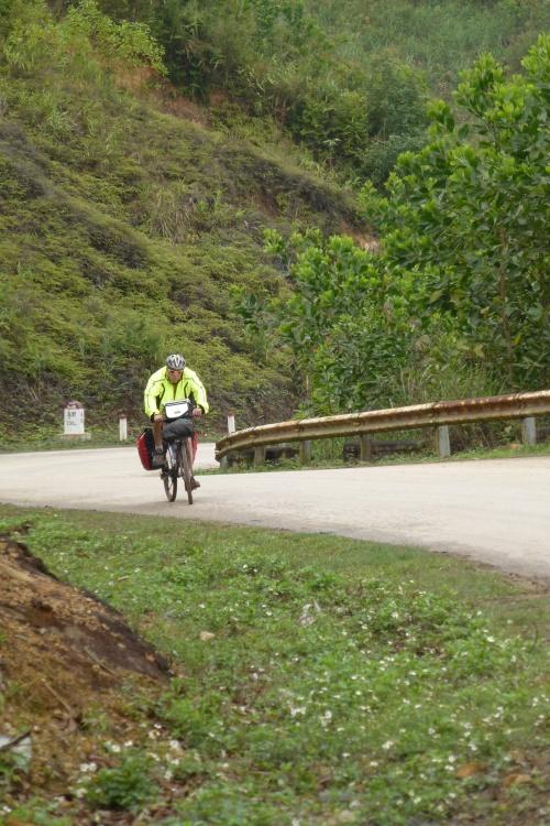 Préparatifs pour le prochain voyage au Vietnam/Cambodge en vélo.