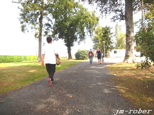 Ce dimanche matin 27 Août , c'était la belle rando de Nicole à Magnac-Bourg 2/2