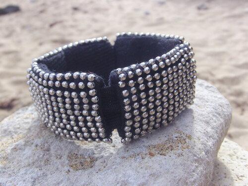 Bracelet cousu main en chaine à billes