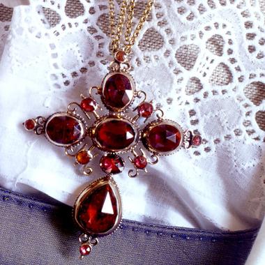 Grasse et le musée provençal du costume et du bijou