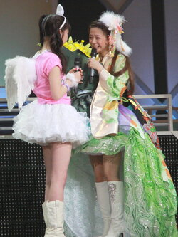 Sayumi Michishige 道重さゆみ Risa Niigaki 新垣里沙 Morning Musume Concert Tour 2012 Haru ~Ultra Smart~ モーニング娘。コンサートツアー2012春~ウルトラスマート~