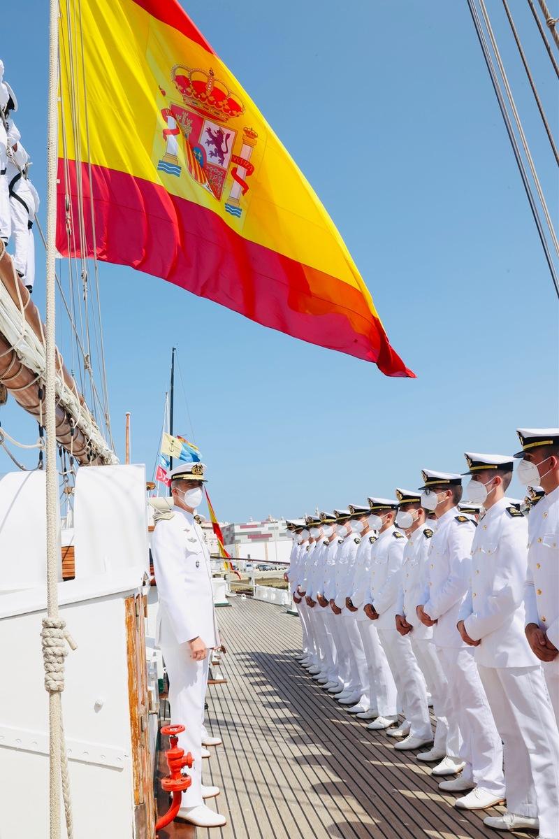 """Buque Escuela """"Juan Sebastián de Elcano"""""""