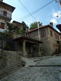 Metsovo, adossée à la montagne *