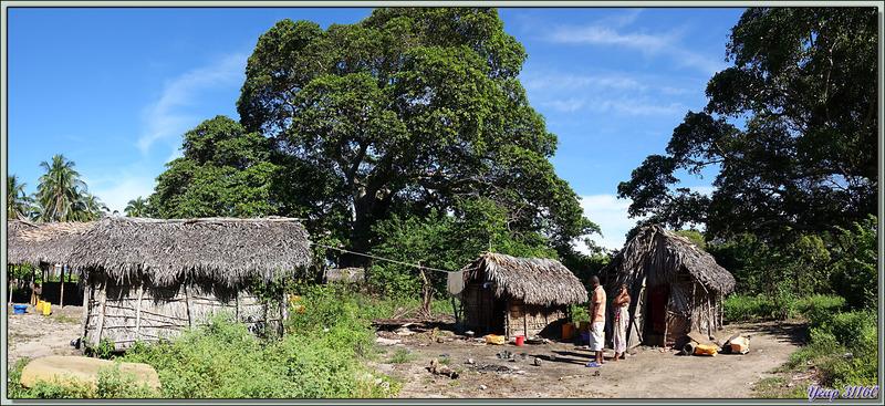 """La """"banlieue"""" du village - Grande Mitsio - Madagascar"""