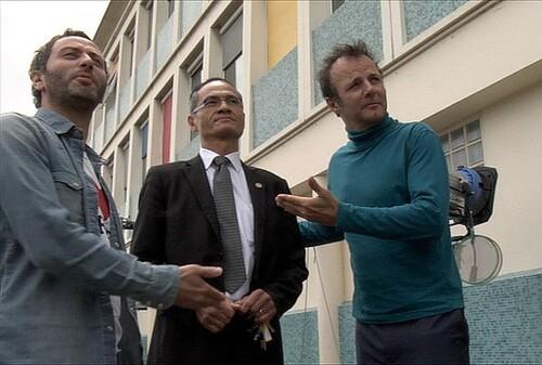 """Le Proviseur avec Pierre-François Martin Laval, dit PEF et Romain Rojtman, producteur du film """"Les Profs"""""""